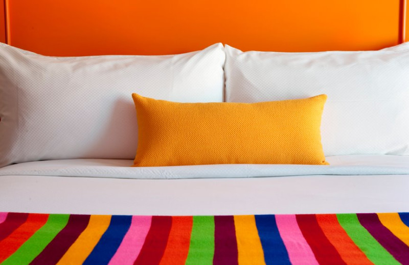 Guest bed at The Saguaro Palm Springs.