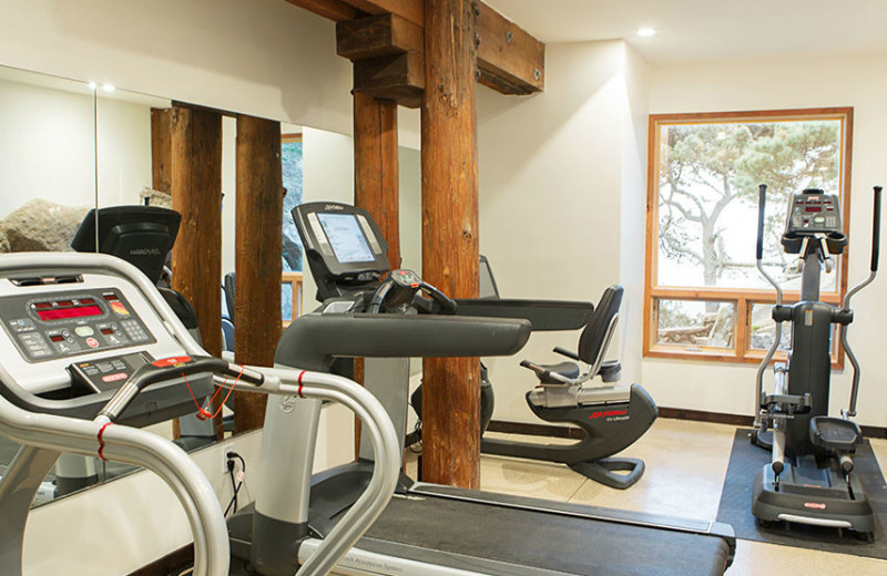 Fitness room at Timber Cove Inn.