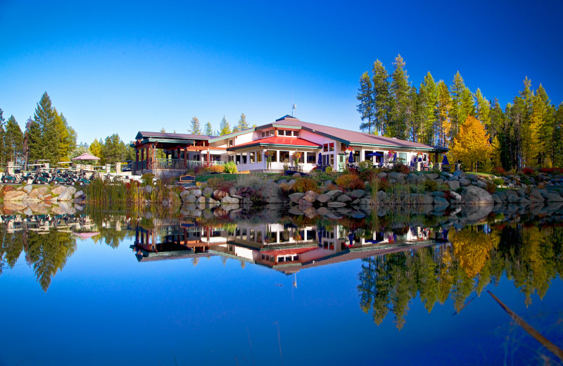 Exterior view of Resorts of the Canadian Rockies.