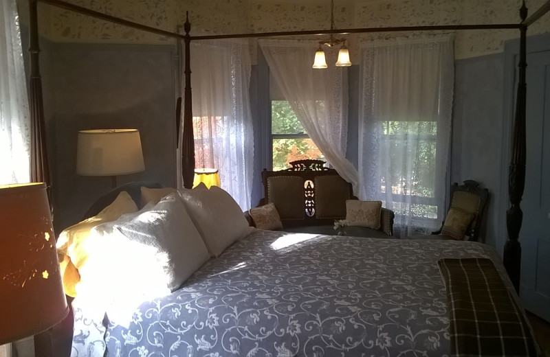 Guest room at New Hope's 1870 Wedgwood Inn.