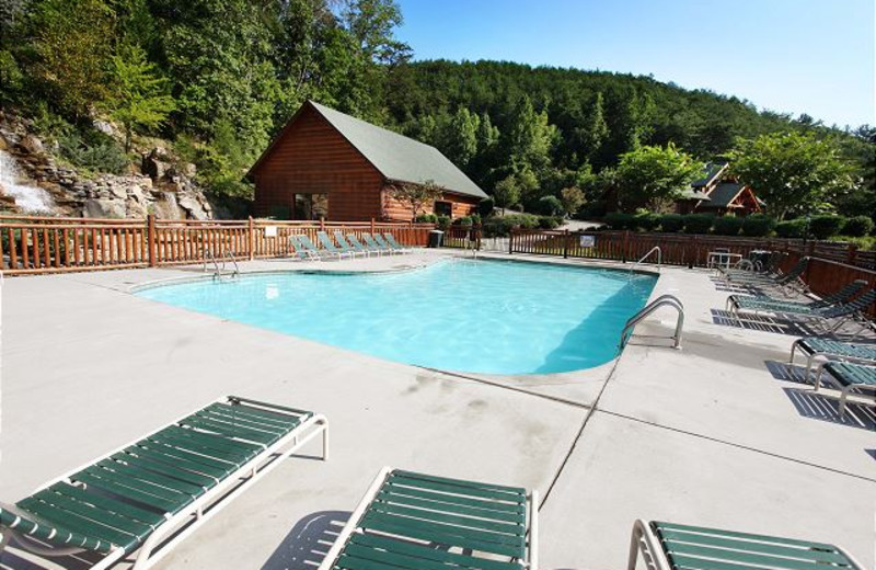 Rental outdoor pool at Eden Crest Vacation Rentals, Inc.