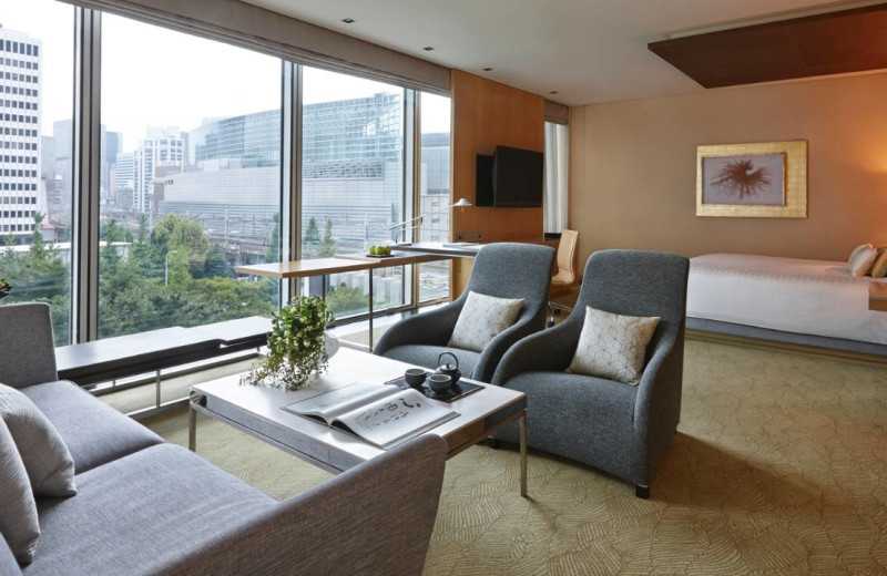 Guest room at Four Seasons Hotel Tokyo.