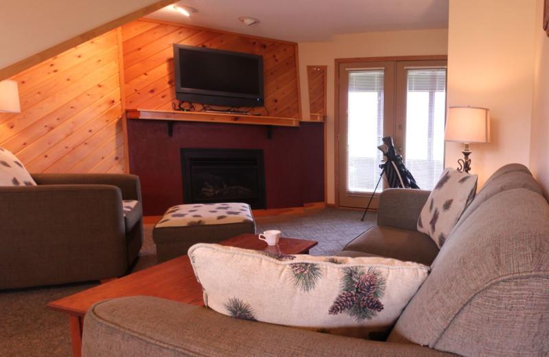 Condo living room at Ruttger's Bay Lake Lodge.