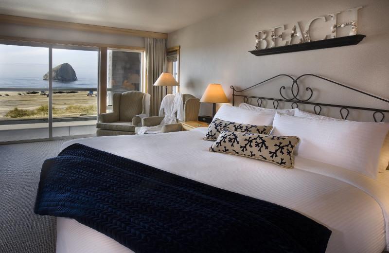 Deluxe guest room at Inn at Cape Kiwanda.