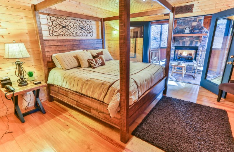 Rental bedroom at Wilderness View Cabins.
