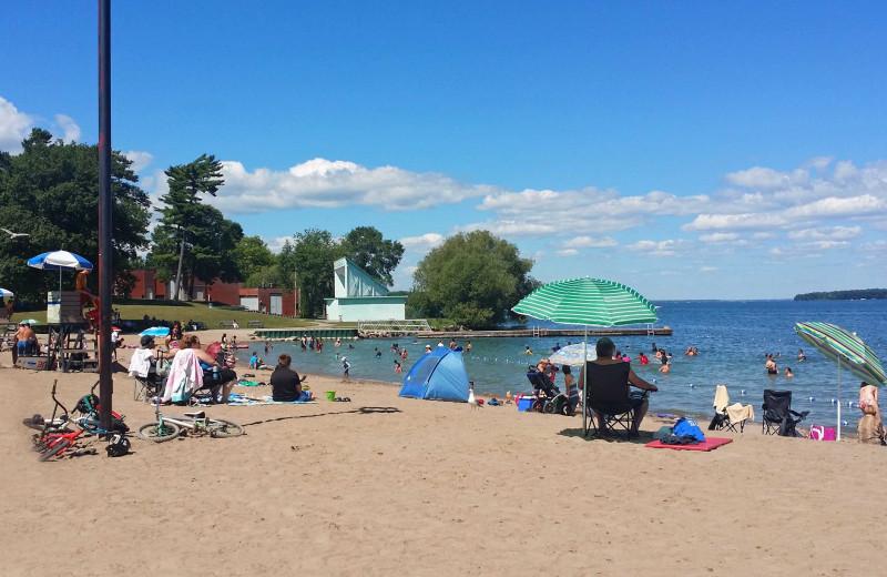 Beach near Stone Gate Inn.