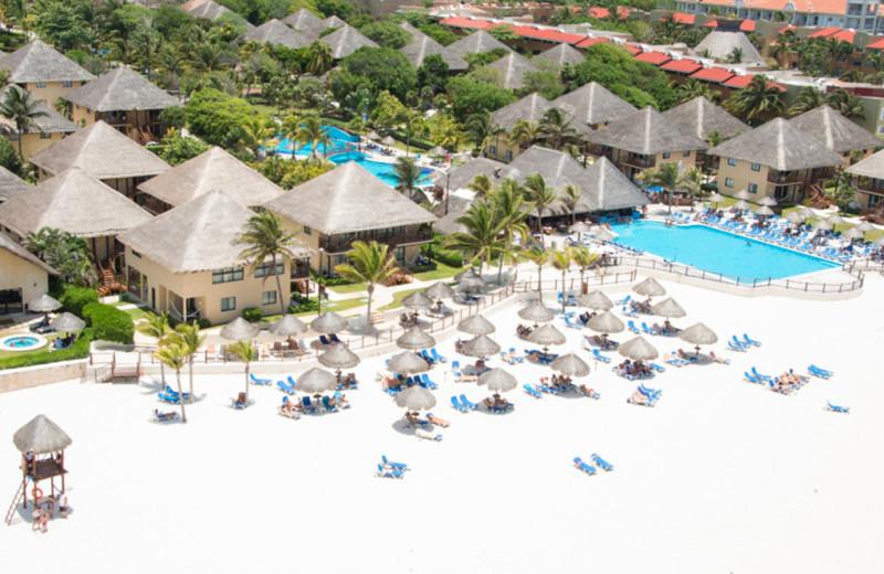 The beach at Allegro Resort Playacar.