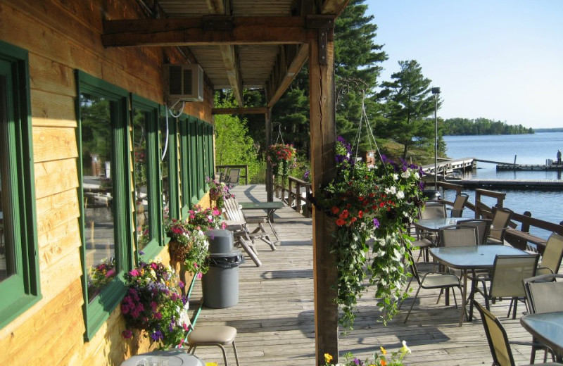 The Lodge Deck at Island View Lodge