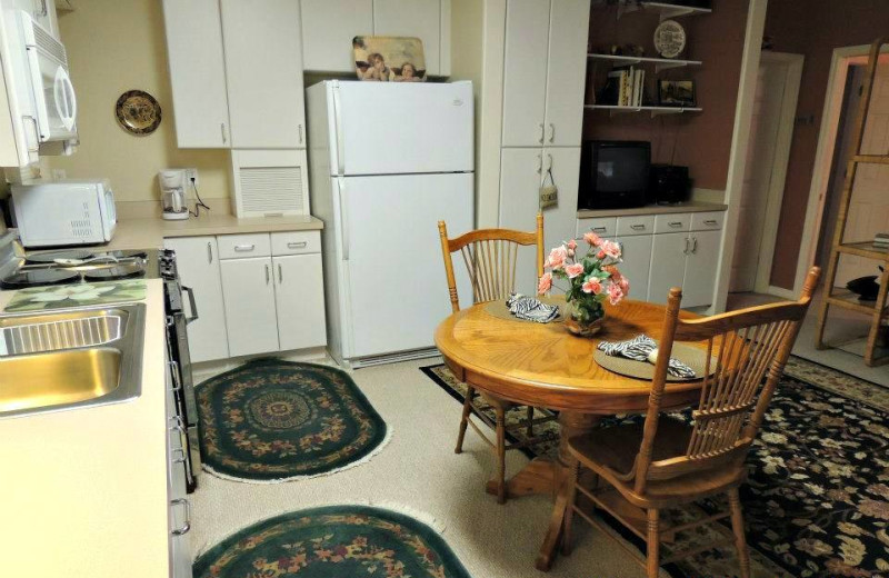 Carriage House suite kitchenette at Magnolia Inn Bed & Breakfast.