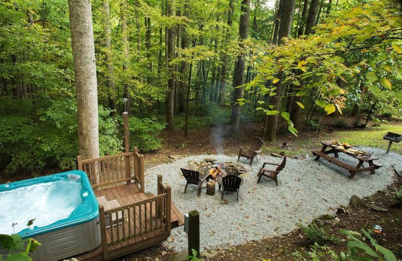 Cabin patio at Smoky Mountain Getaways.