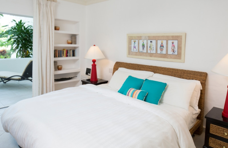 Guest room at Glitter Bay.