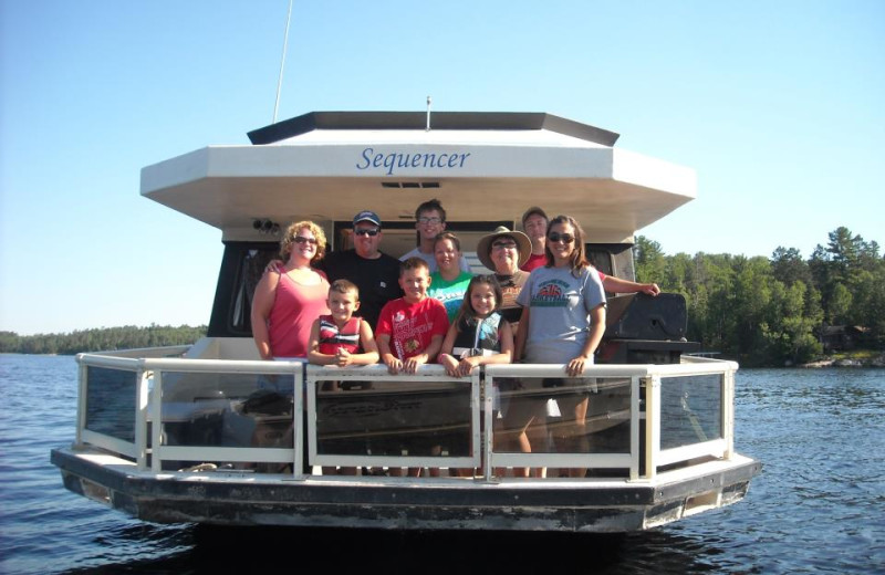 Family at Voyagaire Lodge and Houseboats.