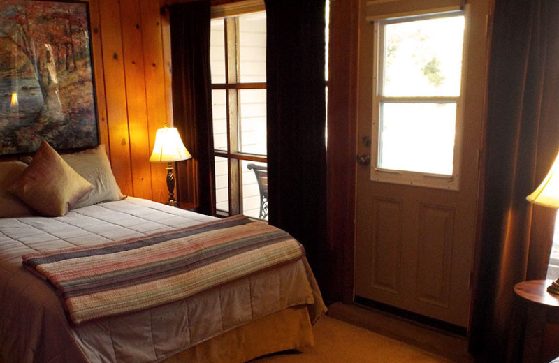 Cabin bedroom at Tahoma Lodge.