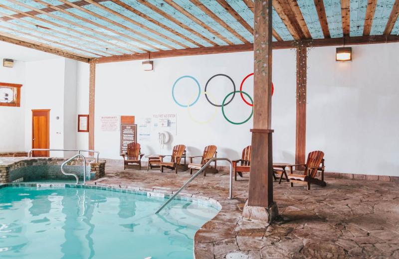 Golden Arrow Indoor Heated Pool   2 Whirlpool Tubs