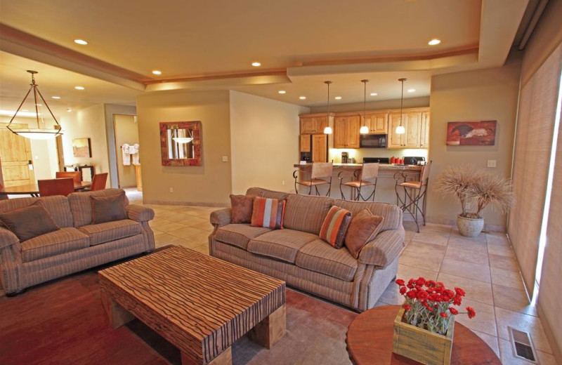 Guest living room at The Inn at Entrada.