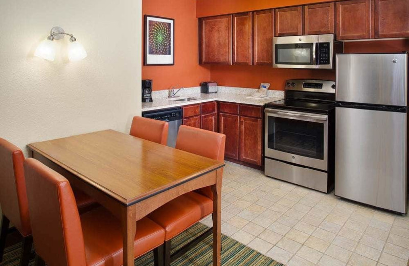 Guest kitchen at Residence Inn Tucson Williams Centre.