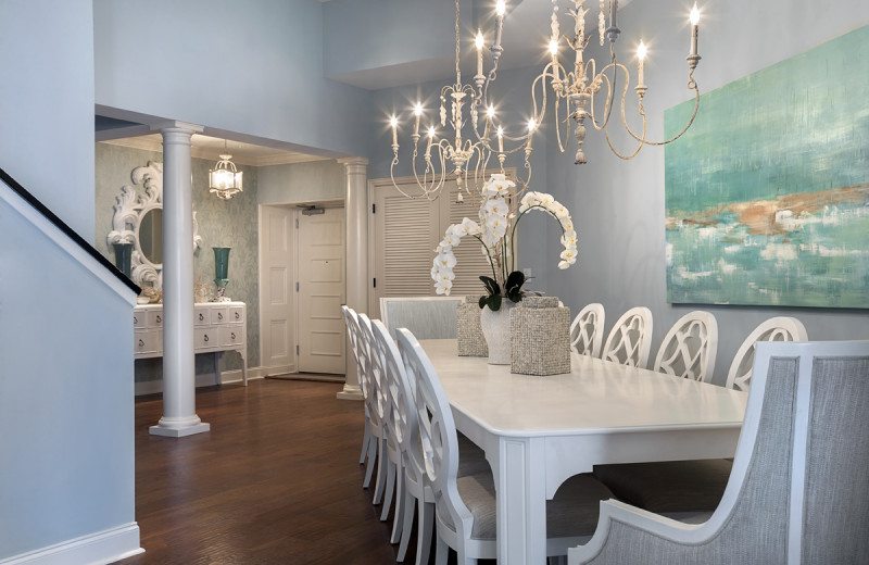 Penthouse dining room at North Beach Plantation.
