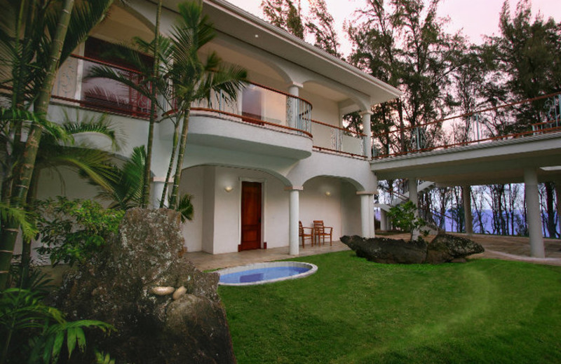 Exterior back of Hawaii Island Retreat.