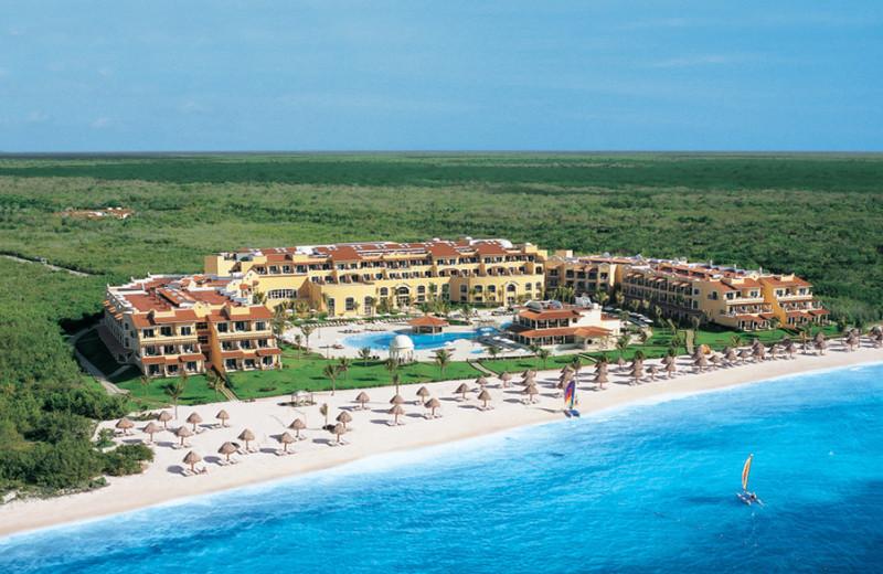 Exterior view of Secrets Capri Riviera Cancun.