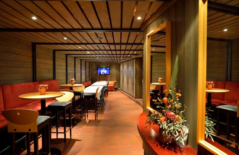 Dining at Hôtel Restaurant Reuter.