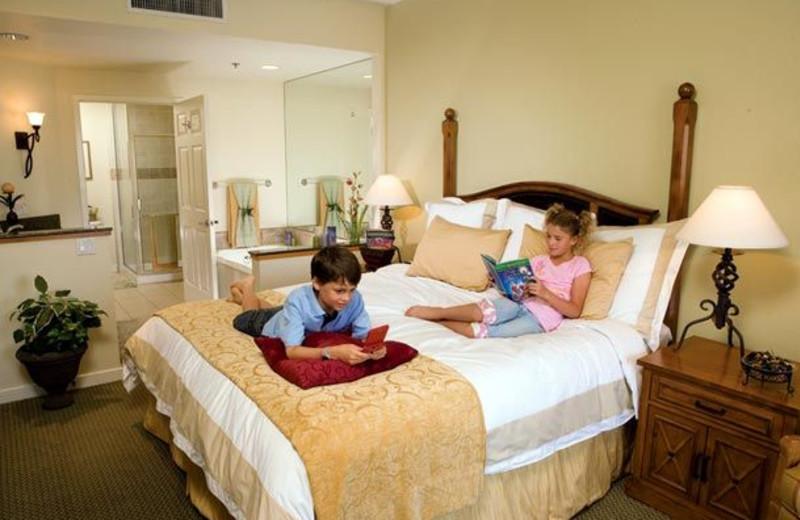 Villa bedroom at Marriott's Shadow Ridge.