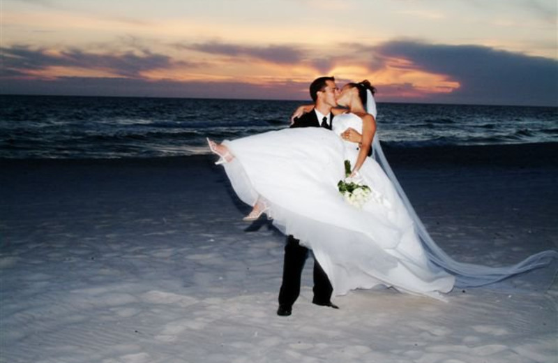 Weddings at Madeira Bay Resort.