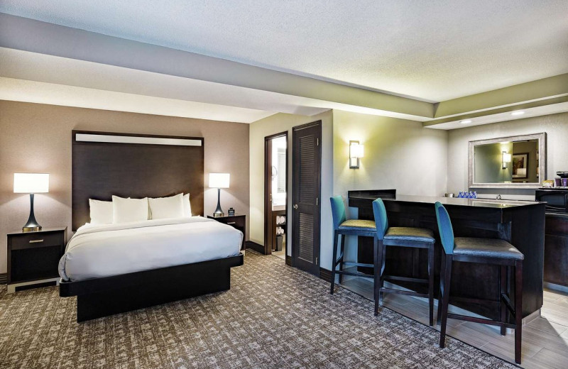 Guest room at Doubletree Hotel Johnson City.
