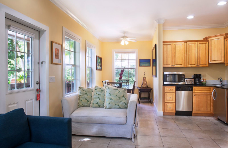 Guest kitchen at Travelers Palm Key West.