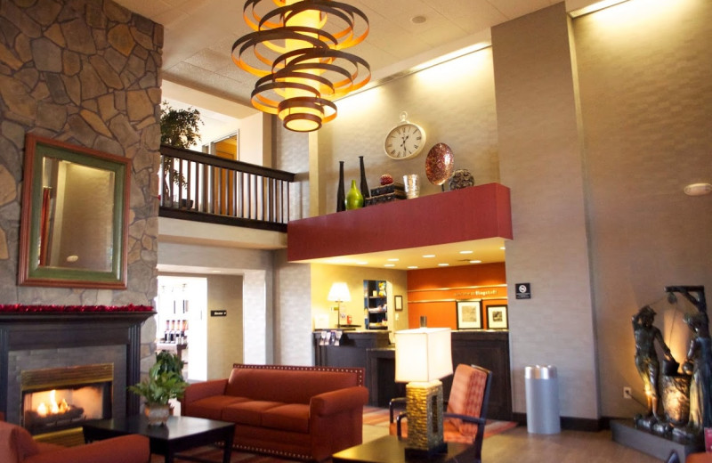 Lobby at Hampton Inn & Suites Flagstaff.