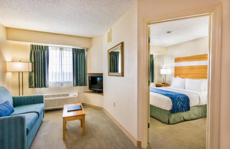 Guest room at Comfort Suites & Resort.