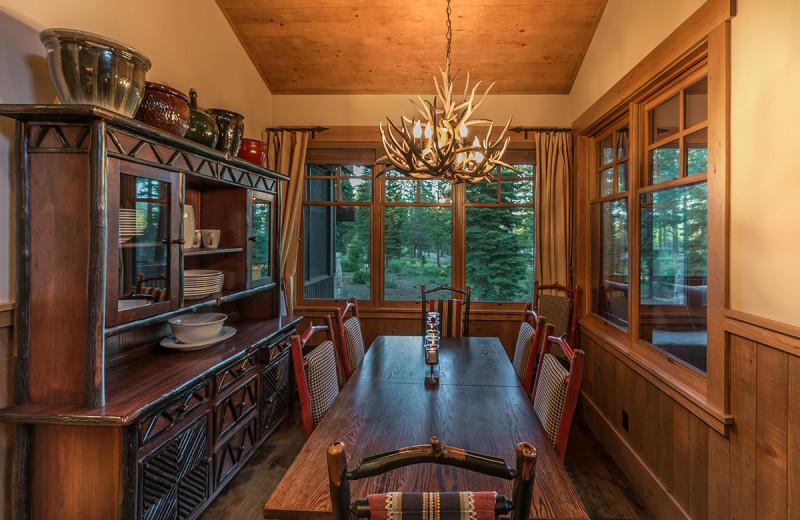 Rental dining room at Tahoe Getaways.