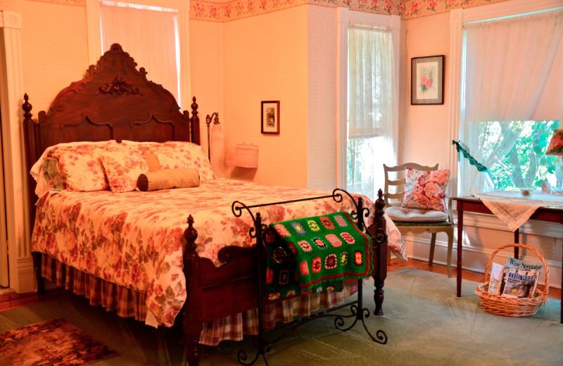 Guest room at Highlawn Inn.