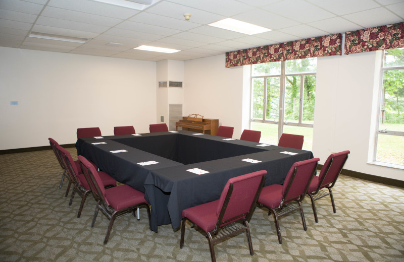 Meeting room at Lambuth Inn.