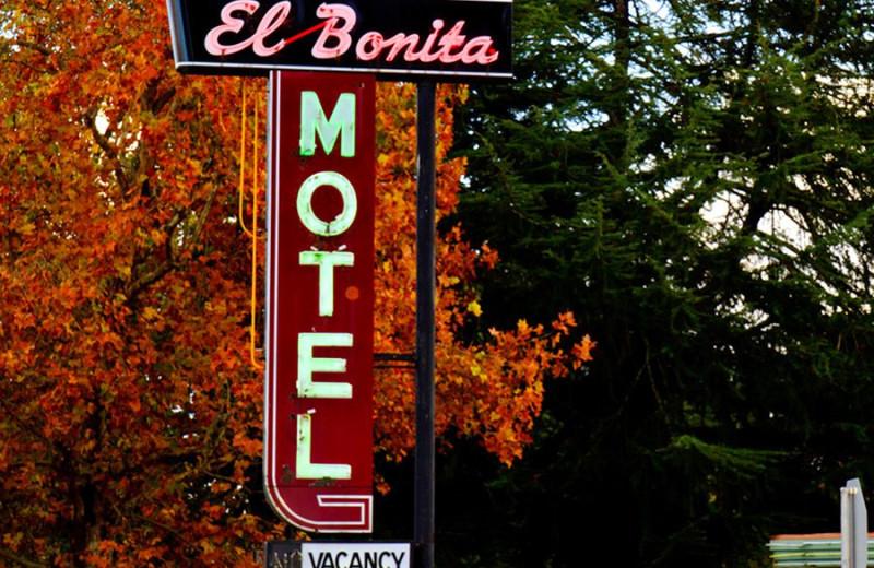Entrance Sign at El Bonita Motel