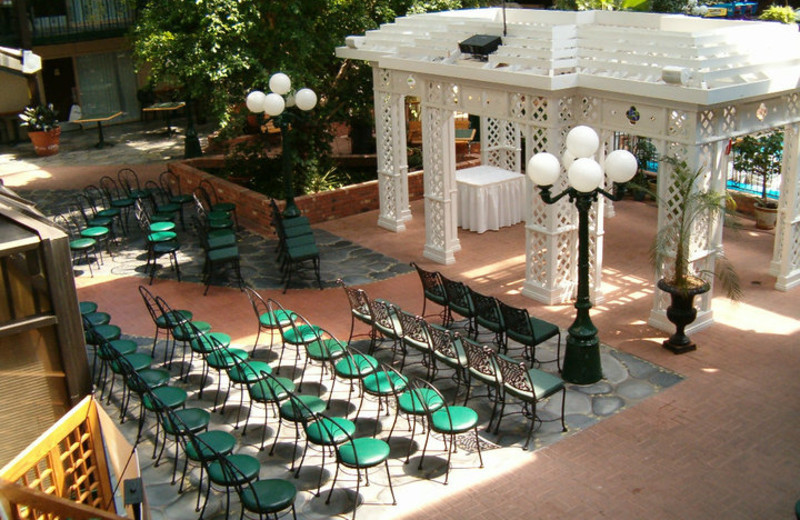 Wedding ceremony at Cairn Croft Best Western Plus Hotel.