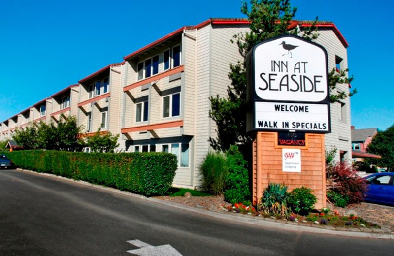 Exterior View of Inn at Seaside