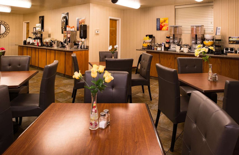 Guest dining at Best Western Coral Hills.