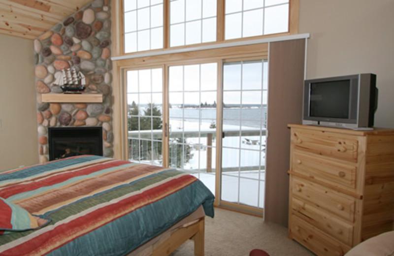 Villa guest room at Cobblestone Cove Villas