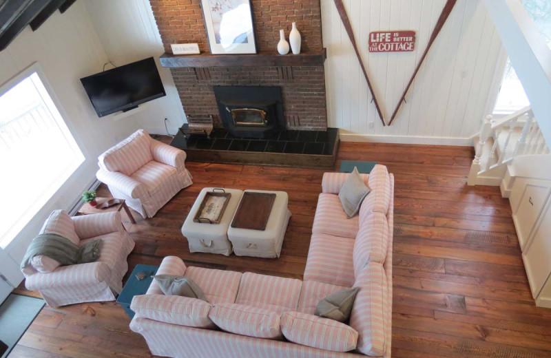 Rental living room at All-Season Cottage Rentals.