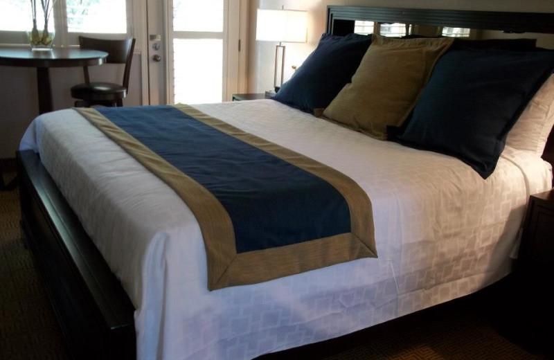 Guest bedroom at Fairway Suites.