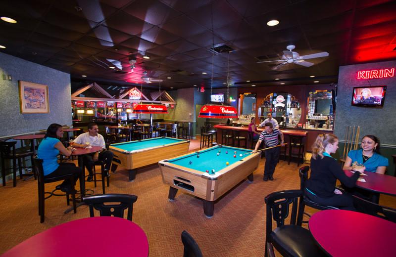 Game room and bar at Rosen Inn.