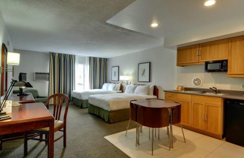 Guest room at Vagabond Inn San Diego Point Loma.