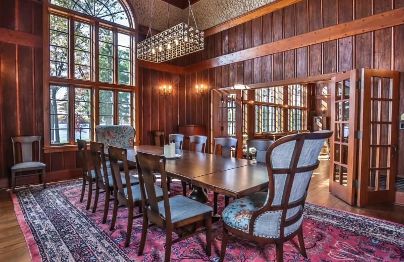 Rental dining room at Hiller Vacation Homes.
