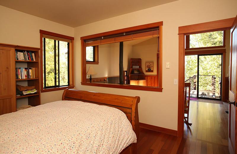 Guest bedroom at Pebble Cove Farm.