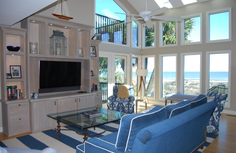 Rental living room at Beachside Getaway.