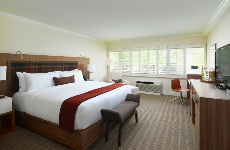 Topnotch Resort Deluxe King Guestroom.