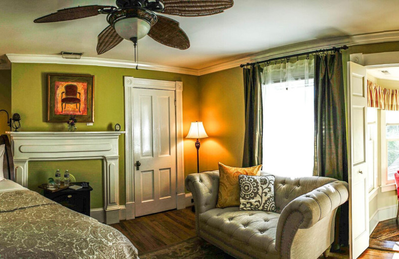Guest room at Foster Harris House Bed & Breakfast.