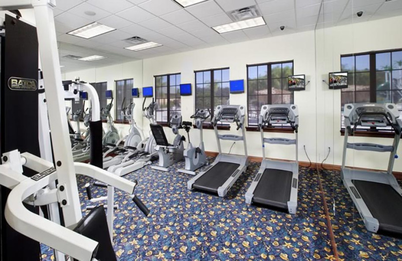 Resort fitness center at Orlando Luxury Escapes Vacation Rentals.