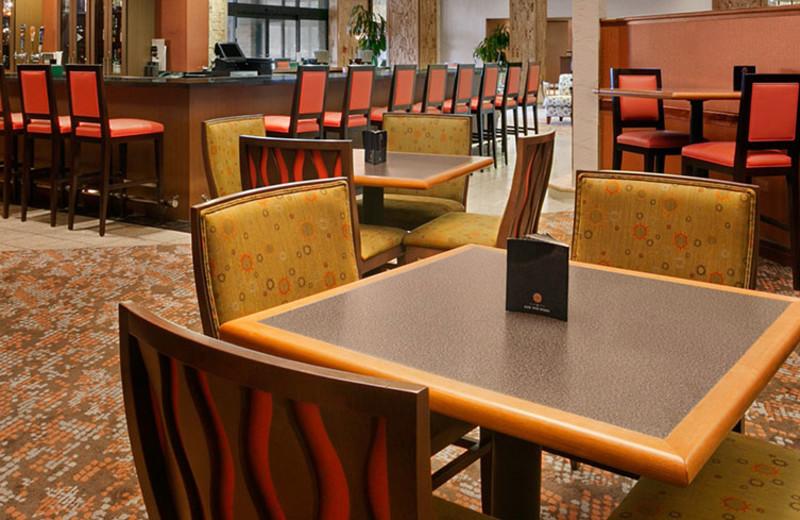 Onsite Restaurant at Crowne Plaza Columbus North - Worthington