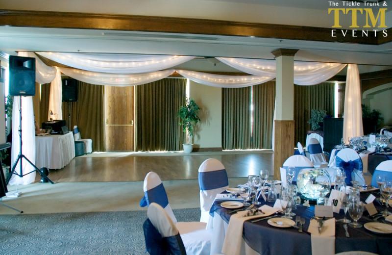 Wedding celebrations at Lake Okanagan Resort
